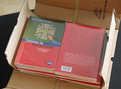 Soldaten im Klassenzimmer-Buch